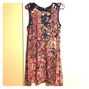 Speechless Floral Dress Sz L EUC